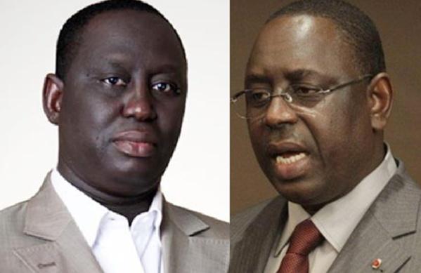 Le Président Macky Sall et son frère Aliou Sall, maire de Guédiawaye