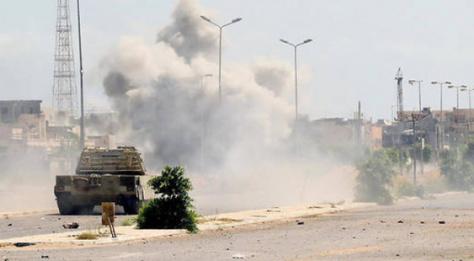 Libye : Une attaque contre une base militaire fait 141 morts