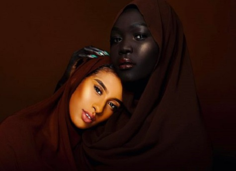 Découvrez en photos Nyakim Gatwech, la Soudanaise surnommée « la Reine des ténèbres »