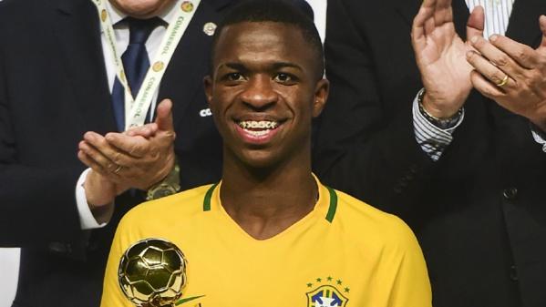 """Recrue du Real Madrid, qui est Vinicius Junior, le prodige de 16 ans, """"le nouveau Neymar"""" ?"""