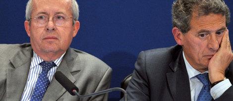 Le président du conseil d'administration d'Air France, Jean-Cyril Spinetta, et le directeur général de la compagnie, Pierre-Henri Gourgeon, ont annoncé jeudi aux familles des victimes de l'A330 qu'il n'y avait