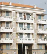 CONSTRUCTION DE CANTINES AU TERRAIN GAAL-GUI A GRAND-YOFF Le Conseil municipal rejette le projet, l'Etat menace de couper les vivres