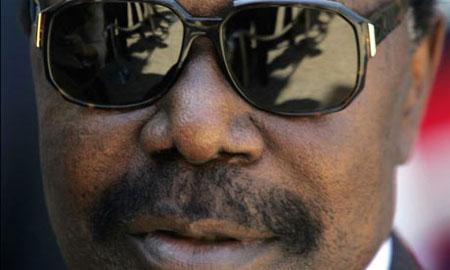 Le Gabon confirme qu'Omar Bongo est mort