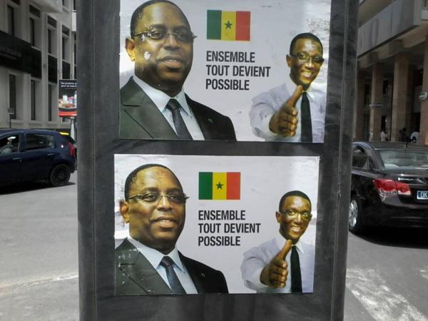 Des affiches plagiant le slogan officiel de Nicolas Sarkozy en 2007 à Dakar Plateau, une campagne de sabotage contre Amadou Bâ dénoncée