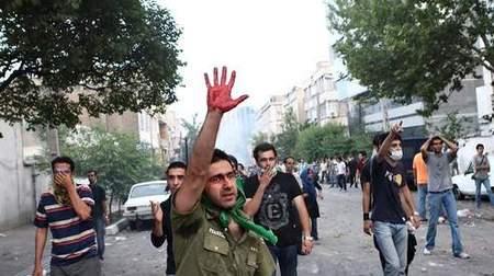 Iran: Moussavi appelle ses partisans à la retenue