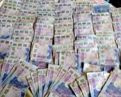 Baisse Du Dollar Us Face Au Fcfa Dans L