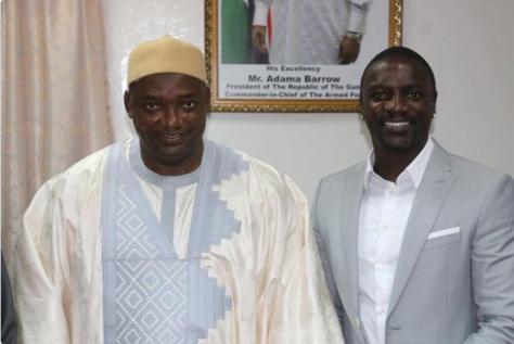 Électrification du continent en milieu rural : Akon reçu par le Président Adama Barrow