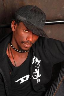 Pape Ndiaye Thiopett, artiste : « Moi, Pape Ndiaye fou ? »