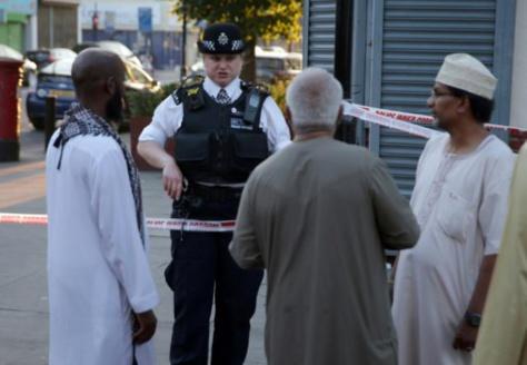 """""""Je veux tuer tous les musulmans"""": un homme percute des fidèles à Londres"""
