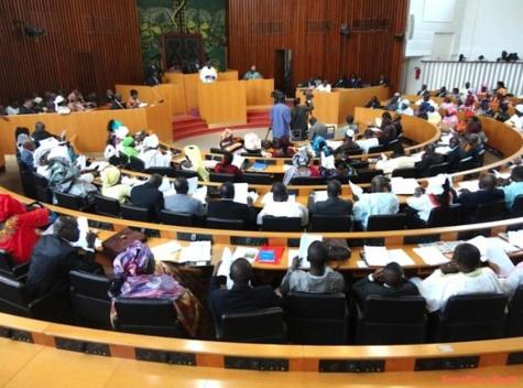 Assemblée nationale: Les députés adoptent deux projets de loi relatifs à l'organisation judiciaire et à la création, l'organisation et le fonctionnement des tribunaux de Commerce