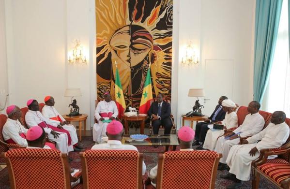 Construction et réhabilitation des sites religieux catholiques : Macky Sall alloue plus de 5 milliards de FCfa à l'Église