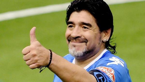 Maradona se paye Sampaoli, Veron et Dani Alves… en une seule interview