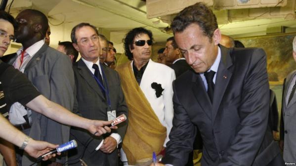 Les biens d'un collaborateur de Sarkozy saisis dans le cadre de soupçons de financement libyen