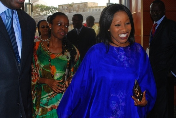 Législatives : Awa Ndiaye bloque les 47 listes publiées par la Direction des élections