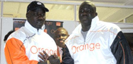 LUTTE - Dimanche à Demba Diop : Yekini - Gris Bordeaux, l'expérience face à la fougue