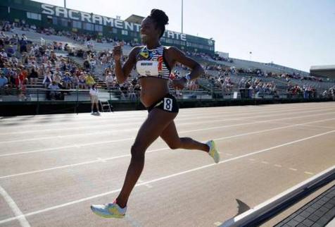 Une sprinteuse enceinte aux championnats des Etats-Unis