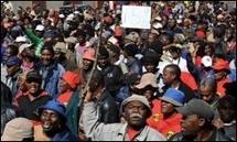 Afrique du Sud : les employés municipaux poursuivent leur grève dans le calme
