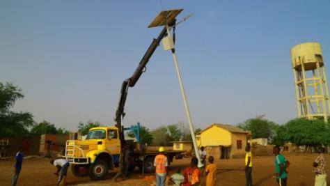 Électrification rurale: Macky Sall veut un audit des travaux de l'Aser