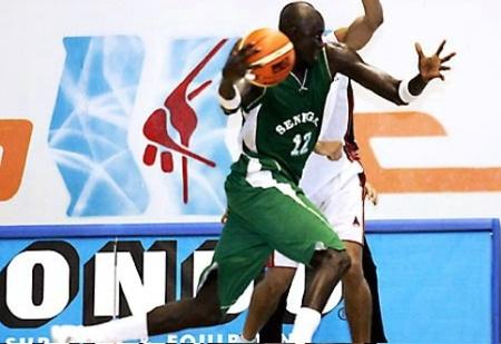 AFROBASKET 2009 : Boniface Ndong, le bourreau des congolais : 26 pts en 26 minutes