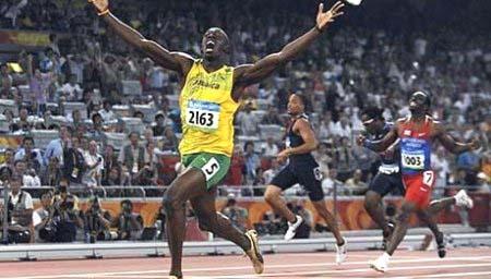 Or et nouveau record du monde pour le Jamaïcain Usain Bolt