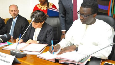 Signature d'accords de financement d'un montant cumulé de 300 milliards de FCfa