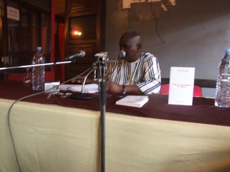 """[Audio] Abdou Latif Coulibaly - Emission """"Dianoo bi"""" du dimanche 30 août 2009 - Pape Ndao recevait le journaliste-écrivain Abdou Latif Coulibaly."""