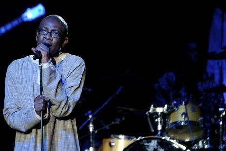 """[Audio-Vidéo] """"LEP MO LENDEM"""" ( Tout est noir) Youssou sort le single contres les délestages."""