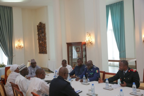 Drame de Demba Diop : Macky Sall a présidé une réunion spéciale sur la tragédie