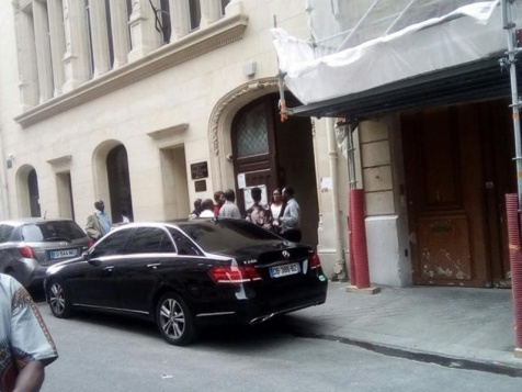 Dernière minute: L'opposition fait avorter une tentative de transfert des cartes vers les fiefs de l'Apr, au Consulat du Sénégal à Paris