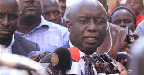 Idrissa Seck appelle l'opposition à l'unité, des responsables de son parti lui tournent le dos