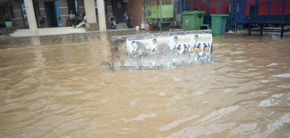Photos: Dakar sous les eaux