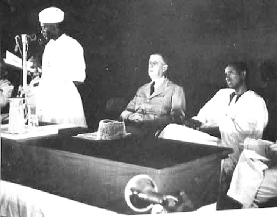 25 août 1958 : Ce jour là, Sékou Touré réclame au  général de Gaulle l'indépendance de la Guinée