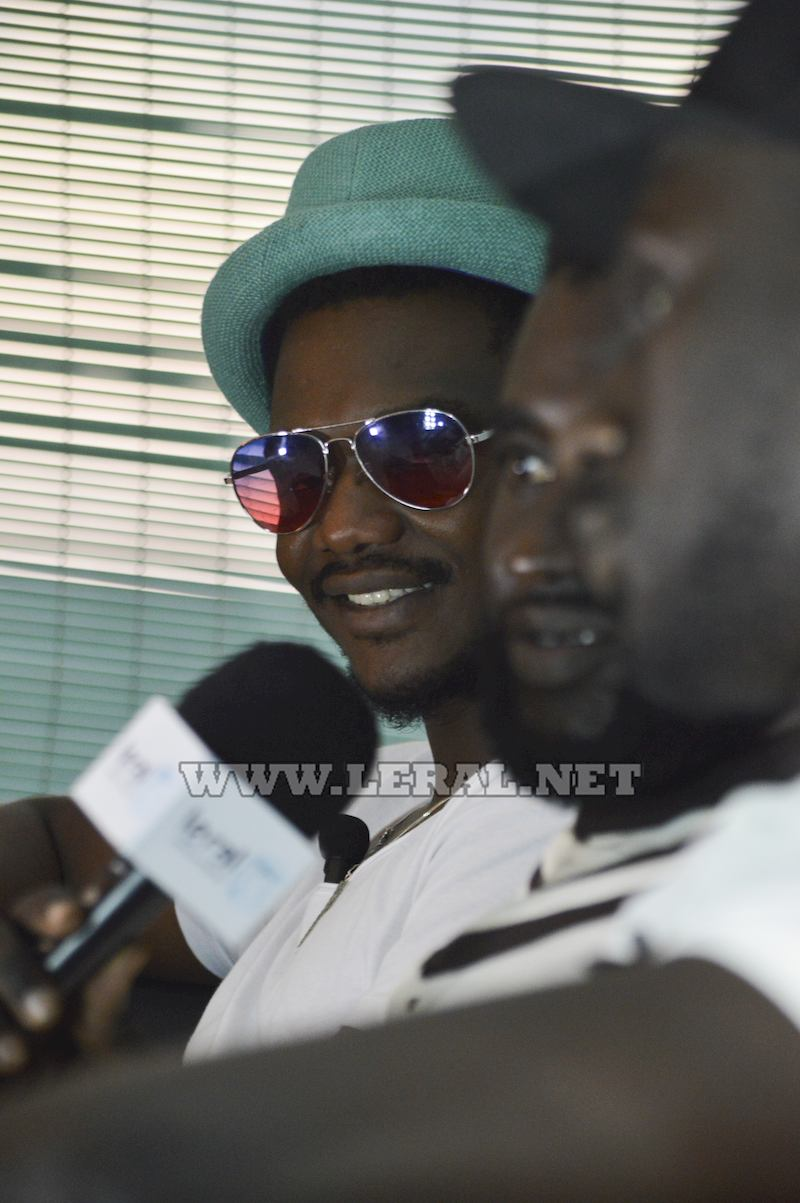 """( 09 Photos) Le groupe Akhlou Brick Paradise dans la nouvelle émission """"Leral Hip Hop Galsen """", coming soon..."""