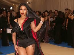 Branchée ou fashion victimes : Les filles à l'air ''slip Nicki Minaj''