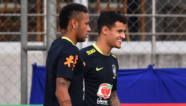 Neymar aurait déconseillé à Coutinho d'aller à Barcelone selon la presse brésilienne