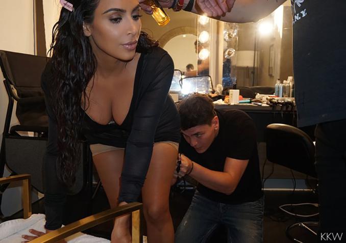Photo : Kim Kardashian, totalement nue et sauvage, explose les records sur Instagram
