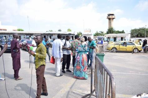 Photos : Ambiance de de l'expulsion de Kemi Séba à l'aéroport Léopold Sédar Senghor