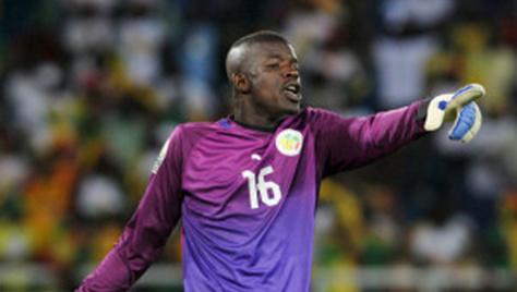 Khadim Ndiaye : «Pourquoi j'ai pris le risque d'aller cogner le poteau»