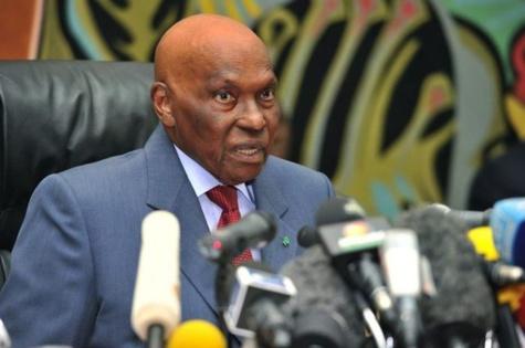 La présidence de la séance inaugurale revient à Abdoulaye Wade (Ministère)