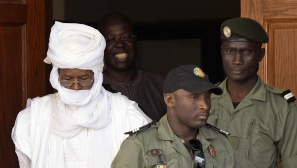 Kémi Séba, Hissène Habré, Toumba Diakité, Cheikh Sidya Bayo : Pays de la Téranga, le Sénégal, une terre d'asile hostile