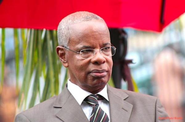 Direct-Assemblée nationale: les députés observent une minute de silence à la mémoire de Djibo Ka