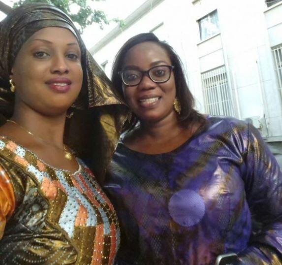 Aminata Diao, teint clair avec mouchoir de tête, la Benjamine de la 13ème législature
