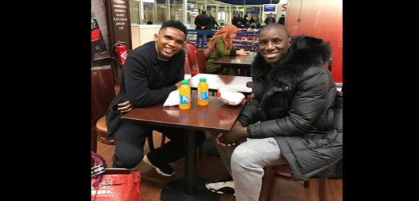 Samuel Eto'o publie une photo et adresse un message à Demba Ba