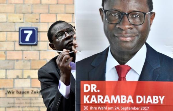 Législatives allemandes : le député d'origine sénégalaise Karamba Diaby en lutte contre le racisme