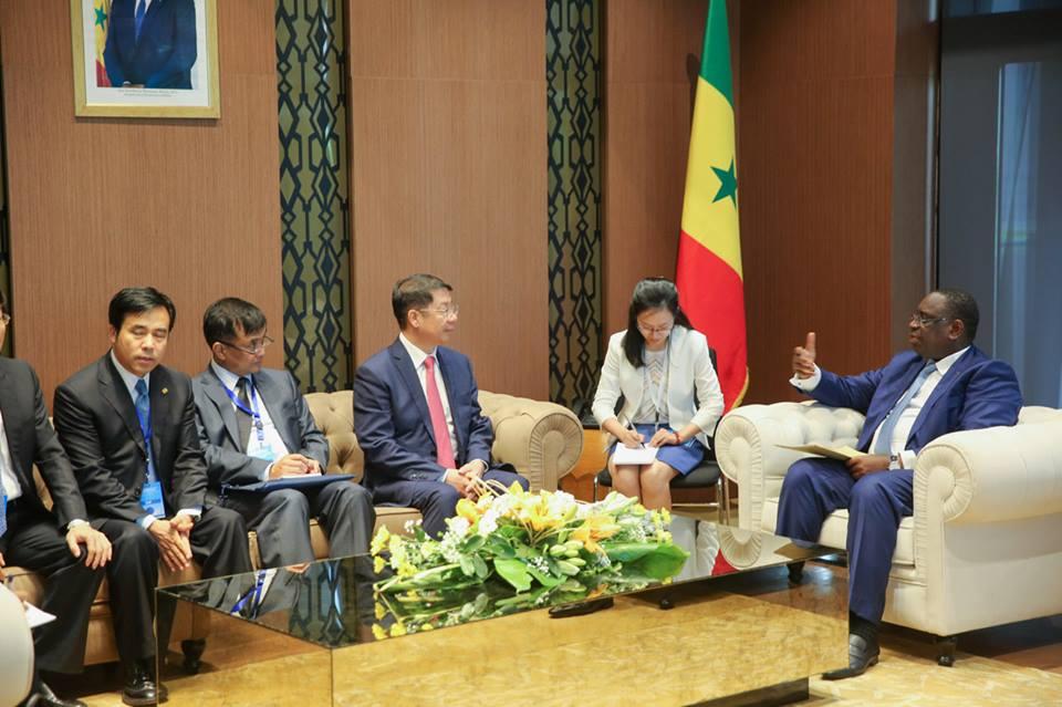 Macky Sall a reçu le Vice-Ministre des Finances de la Chine, M. Yaobin Shi