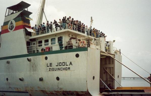 """Le Collectif des victimes du """"Joola"""" très remonté contre l'ancien régime"""