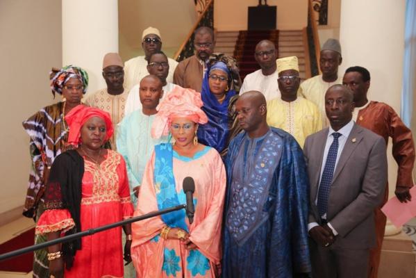 Le Président Macky Sall et les 15 députés de la diaspora, en conclave (Images)
