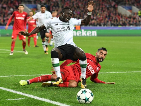 Sadio Mané victime de cris racistes lors du match Spartak-Liverpool