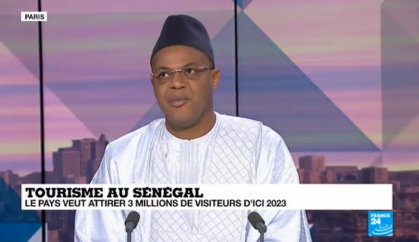 """Série de """"bourdes"""" sur les télés françaises : Une pétition lancée contre Mame Mbaye Niang..."""