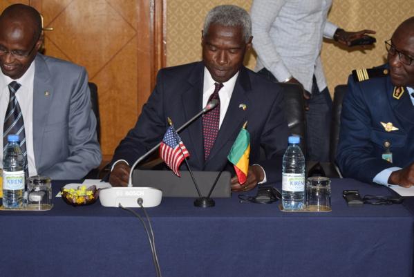 Lutte contre le terrorisme : 550 millions FCfa dans la formation et en matériel pour aider le Sénégal dans la sécurisation des frontières et des villes selon SEM l'ambassadeur des USA au Sénégal